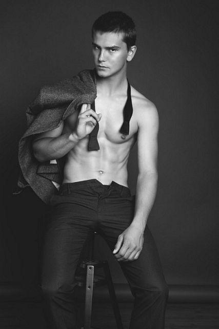 Bad Boy Colter Johnson | Gay Body Blog | Daily Dudes @ Dude Dump
