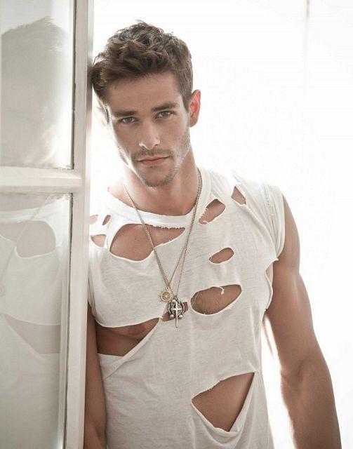 Stunningly Good Looking Felipe Martins | Daily Dudes @ Dude Dump