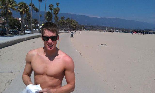 Dustin Lance Black on vacation | Daily Dudes @ Dude Dump
