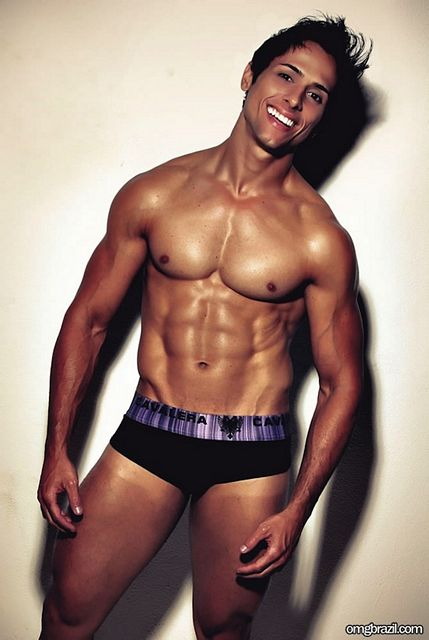 Brazilian Muscle Euler Lima | Sexy Muscle Guys | Daily Dudes @ Dude Dump