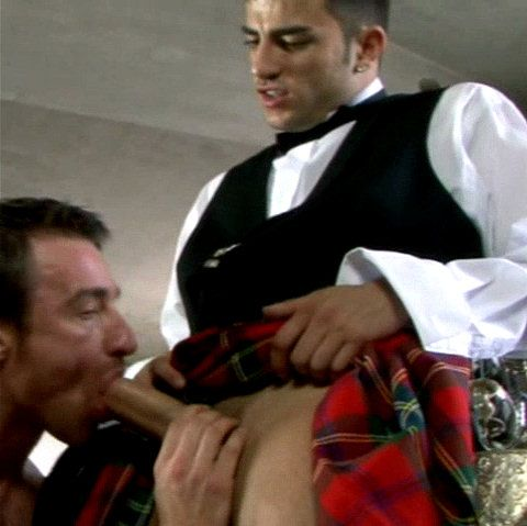 Best man & valet blow the bridegroom   Daily Dudes @ Dude Dump