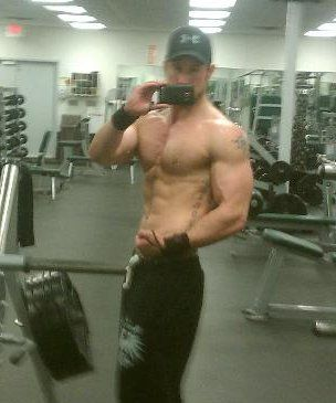 Hot Cam Muscle Guys Showing Off | Daily Dudes @ Dude Dump