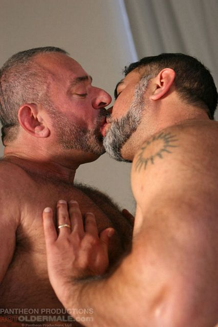 Gay hairy pair | Daily Dudes @ Dude Dump