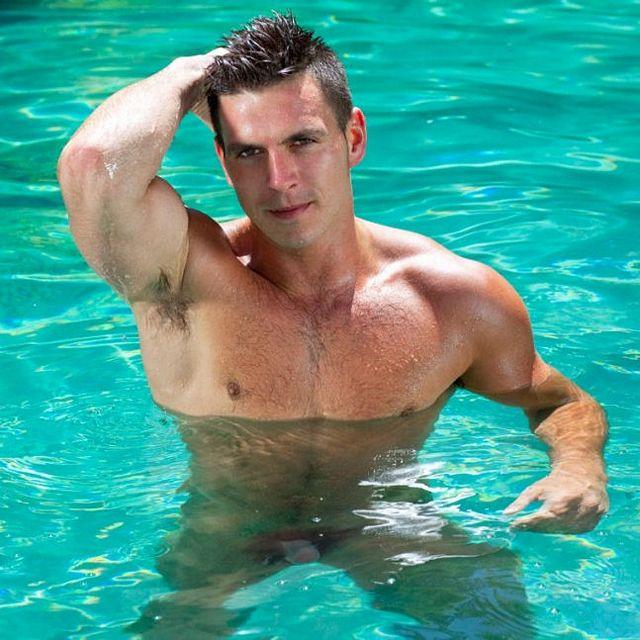 Wet Strokes — Paddy O'Brian | Daily Dudes @ Dude Dump