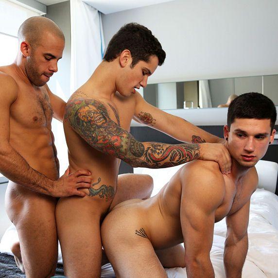 Austin & Anthony entertain Pierre | Daily Dudes @ Dude Dump