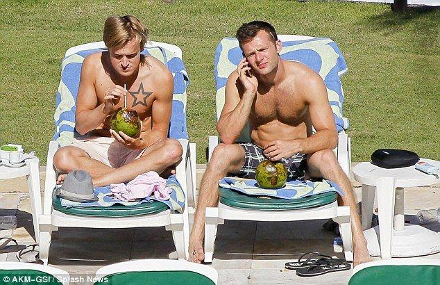 Tom Fletcher and Harry Judd shirtless | Daily Dudes @ Dude Dump