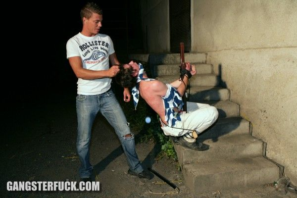Gay sprayer is slave | Daily Dudes @ Dude Dump