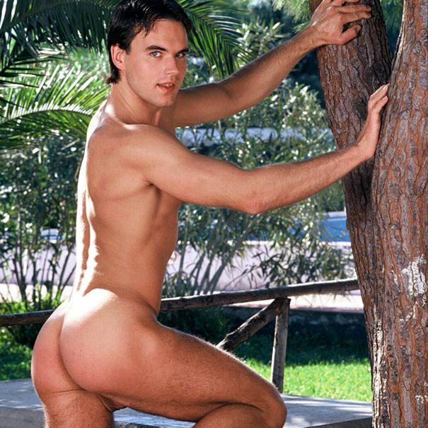 Naked As Adam: Sasha Byazrov | Daily Dudes @ Dude Dump