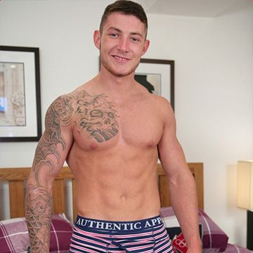 Muscular Cage Fighter Jake & His Huge Cock   Daily Dudes @ Dude Dump