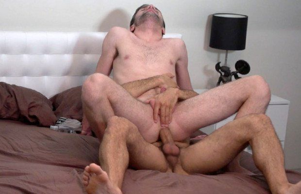 Austin Wilde barebacks Andrew Collins   Daily Dudes @ Dude Dump