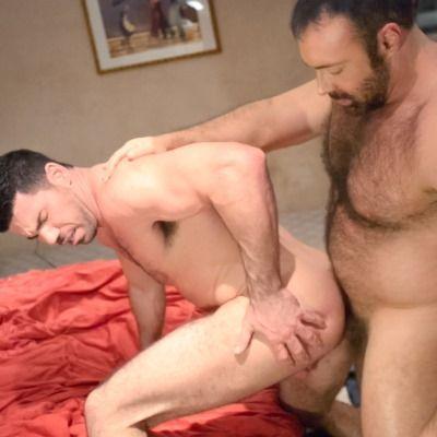 Bear Brad Fucks Billy Santoro | Daily Dudes @ Dude Dump