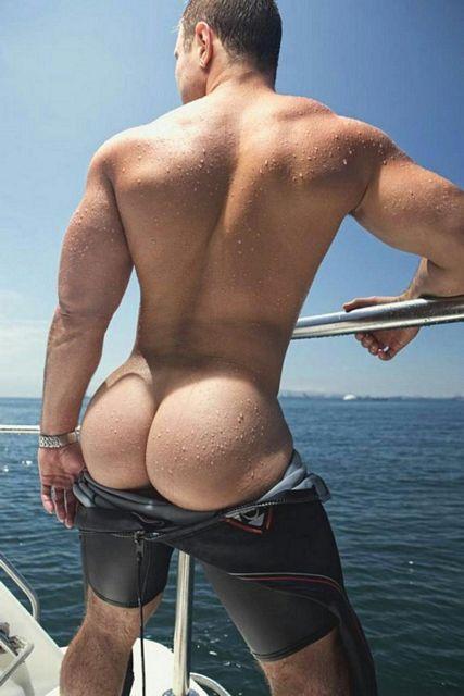 Beautiful Bubble Butts | Daily Dudes @ Dude Dump