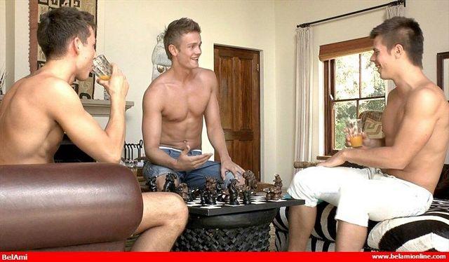 BelAmi: 3Way-Strip-Chess | Daily Dudes @ Dude Dump