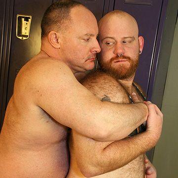 Big Bear Men Barebacking | Daily Dudes @ Dude Dump
