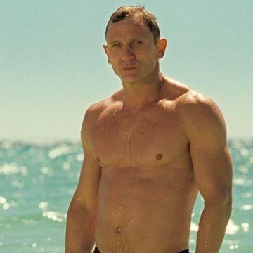 Body of Work: Daniel Craig | Daily Dudes @ Dude Dump