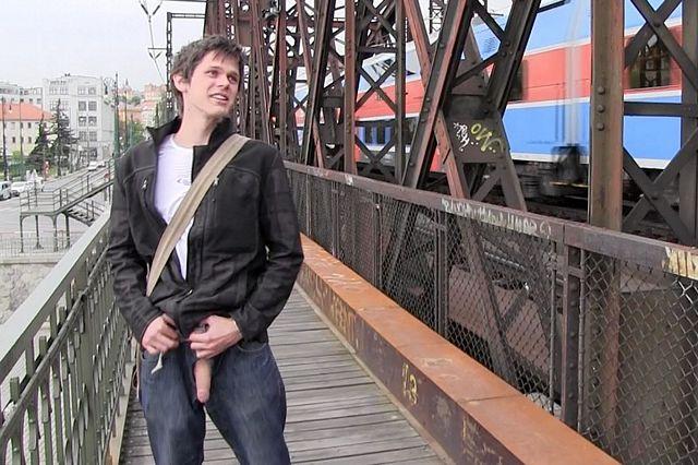 Boy blowjob at bridge | Daily Dudes @ Dude Dump