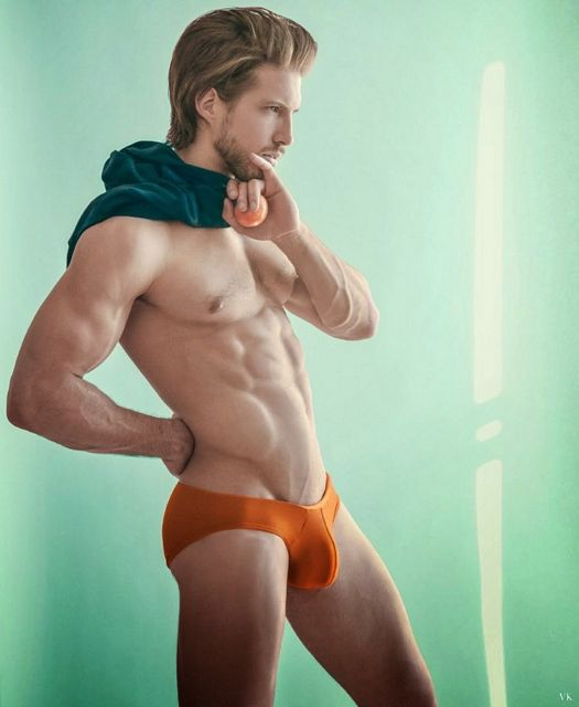 Bulge-co-rama: Ryan Marek | Daily Dudes @ Dude Dump