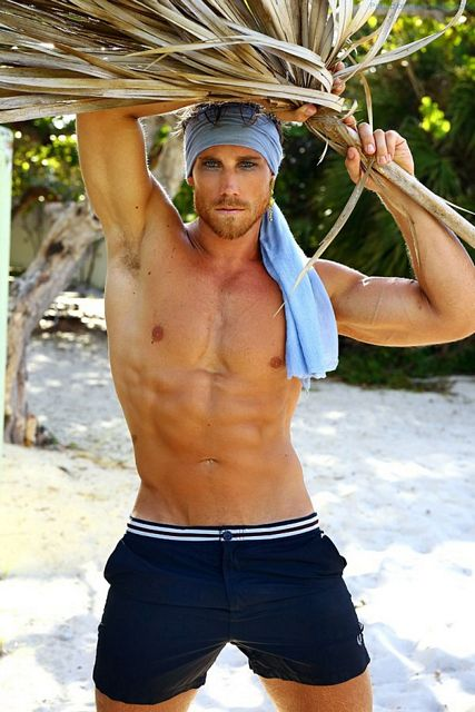 Calum Windsor Is A Bit Jack Sparrow, But SO Hot | Daily Dudes @ Dude Dump