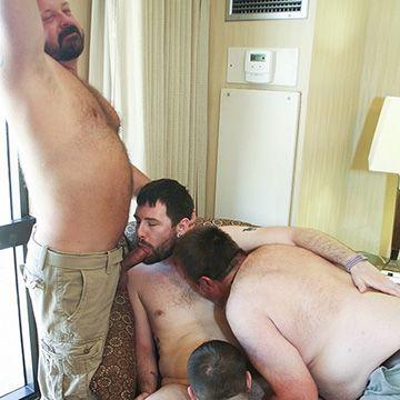 Cock Sucking Bear Fourway | Daily Dudes @ Dude Dump