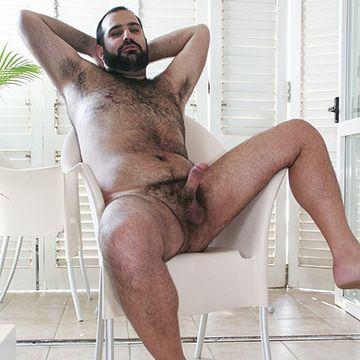 Cuddly Italian Bear Man | Daily Dudes @ Dude Dump