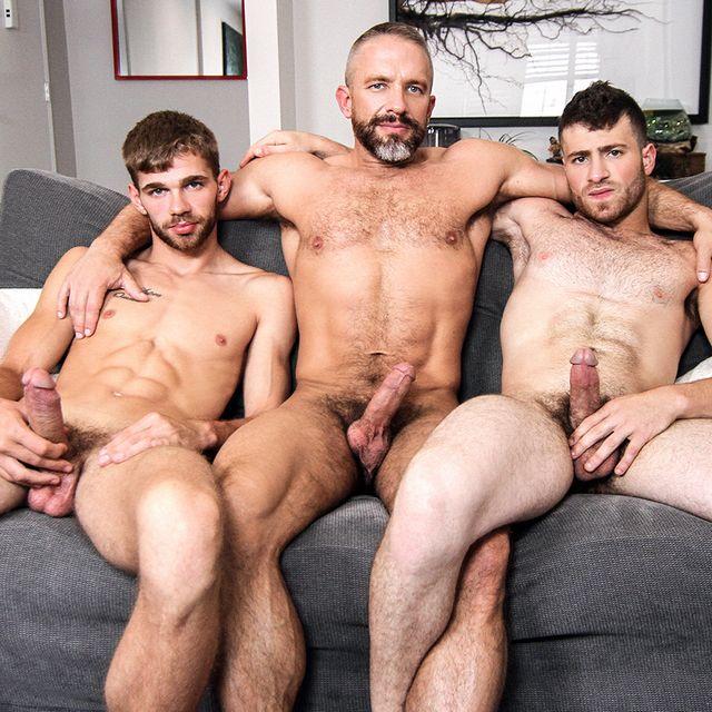 Dalton Briggs, Dirk Caber and Vincent Diaz fuck | Daily Dudes @ Dude Dump