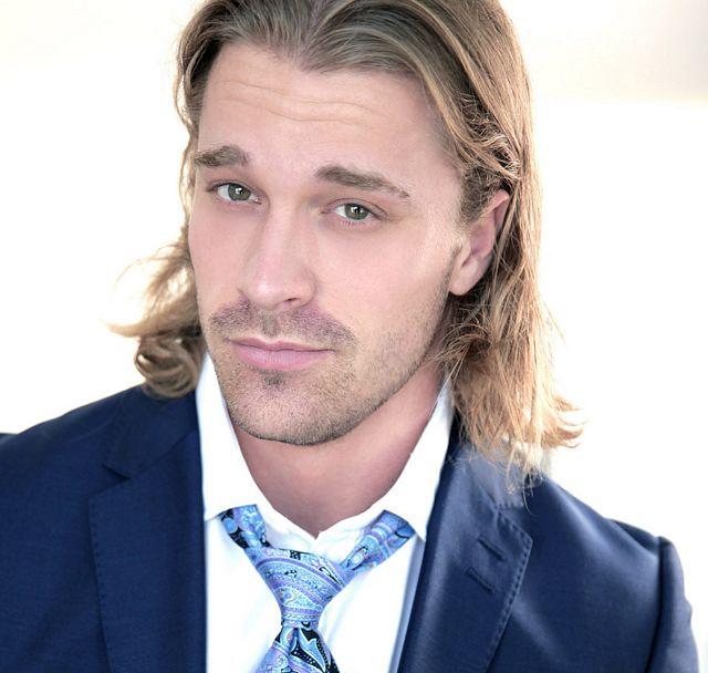 DAPPER: Blonde hunk Johan Kane drills Klein Kerr! | Daily Dudes @ Dude Dump