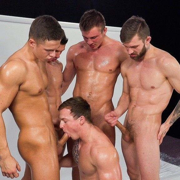 Five Hot Straight Guys Making Wank Party | Daily Dudes @ Dude Dump