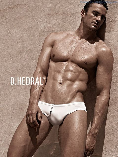 Former Rugby Hottie Thom Evans | Daily Dudes @ Dude Dump