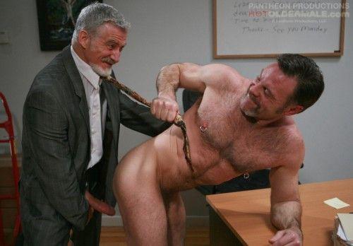 Gay bear hookups | Daily Dudes @ Dude Dump