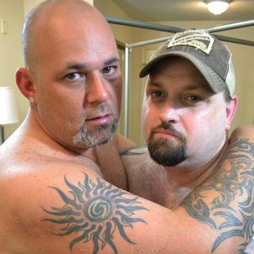 Gay Bears Toy Play – Joe Strong And Rowdy Hixxx | Daily Dudes @ Dude Dump