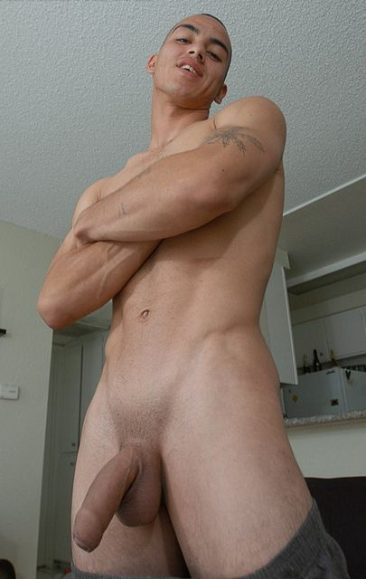 Gay Hot Men Blog: Proudly Foreskin Covered | Daily Dudes @ Dude Dump