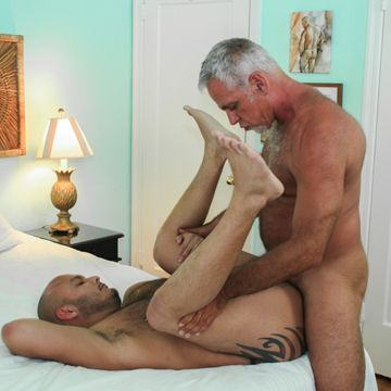 Hairy Gay Daddies – Jeff Grove And Tony Rivera | Daily Dudes @ Dude Dump