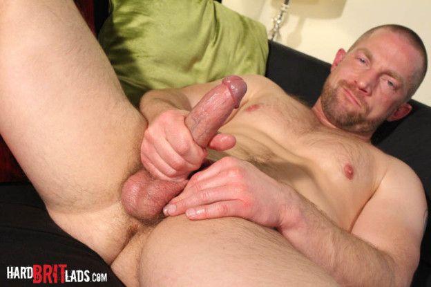 Hard Brit Lads – Beefy Muscle Dad – Adam Herst | Daily Dudes @ Dude Dump