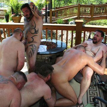 Hardcore Gay Bear Orgy | Daily Dudes @ Dude Dump