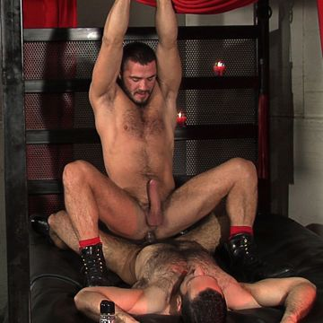 Horny gay leather sex with real men   Daily Dudes @ Dude Dump