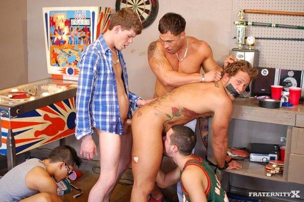 Hot College Dudes Creampie Carter & Trevor | Daily Dudes @ Dude Dump
