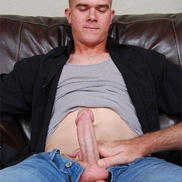Hot Str8 Marine Galen Gets Another Blowjob   Daily Dudes @ Dude Dump