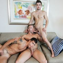 Jock threesome leads to lots of cum! | Daily Dudes @ Dude Dump