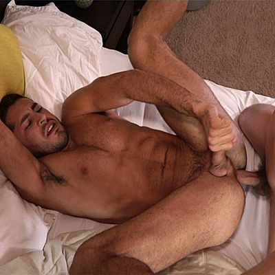 Kellan Barebacks Zack's Virgin Ass | Daily Dudes @ Dude Dump