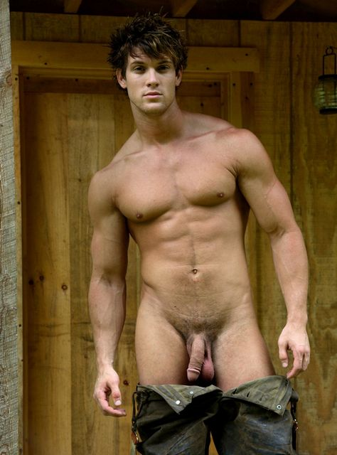 Leighton Stultz Nude Inside! | Daily Dudes @ Dude Dump