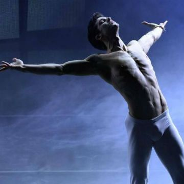 Made in Italy: Roberto Bolle (and his bulge)! | Daily Dudes @ Dude Dump