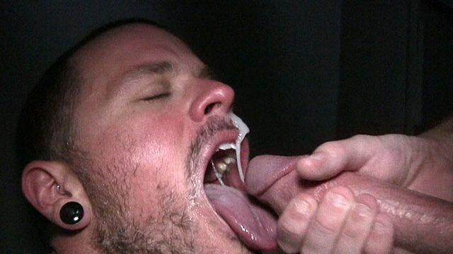 Max Cameron sucks on Henry's mammoth dick | Daily Dudes @ Dude Dump