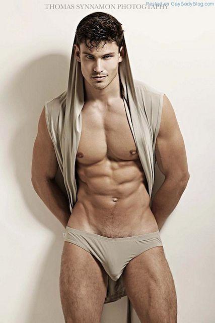 Men By Thomas Synnamon | Gay Body Blog | Daily Dudes @ Dude Dump