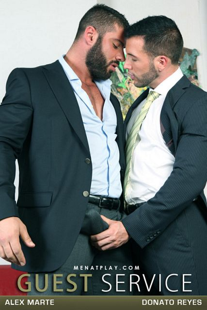 Muscle bear gay men | Daily Dudes @ Dude Dump