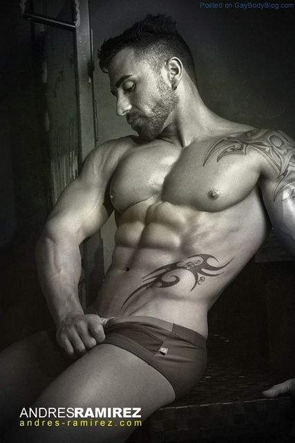 Muscle Hunk Ivan By Andres Ramirez | Daily Dudes @ Dude Dump