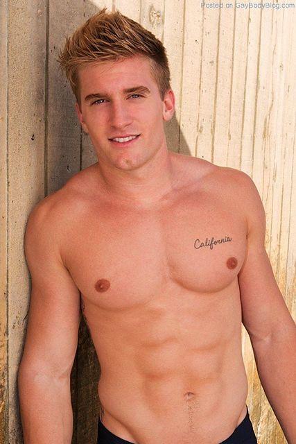 Naked Jock Jacob | Gay Body Blog | Daily Dudes @ Dude Dump