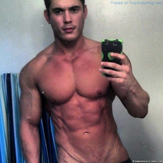 New Muscled Cam Hunk At Cam With Him! | Gay Body B | Daily Dudes @ Dude Dump