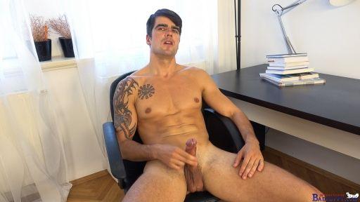Office wanker Milan Pis | Daily Dudes @ Dude Dump
