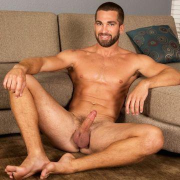 Rhett's got some big cojones | Daily Dudes @ Dude Dump