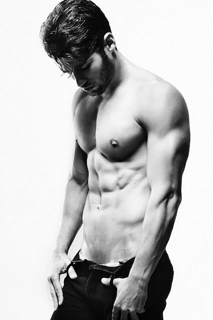 Ricardo Veia Underwear Shoot | Sexy Muscle Guys | Daily Dudes @ Dude Dump